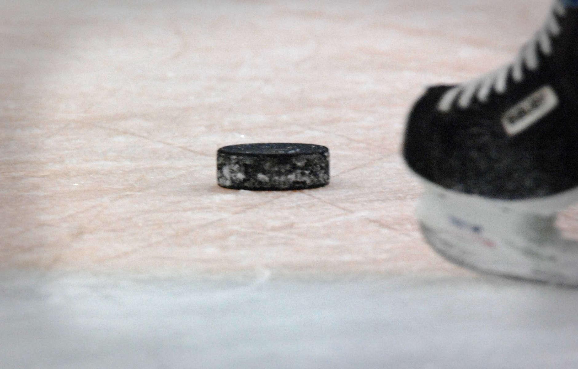 index_icehockey_canada8@2x